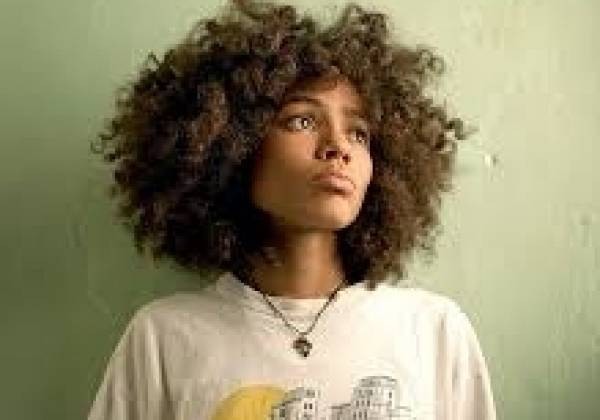 Nneka brings Nigeria to Munich